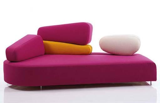 chandra-ekajaya-sofa-soya-bag-dengan-corak-khas-nusantara